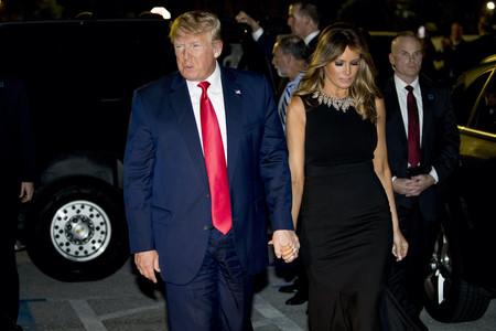 Este es el total look black de Melania Trump que podría inspirarte durante todo el 2020
