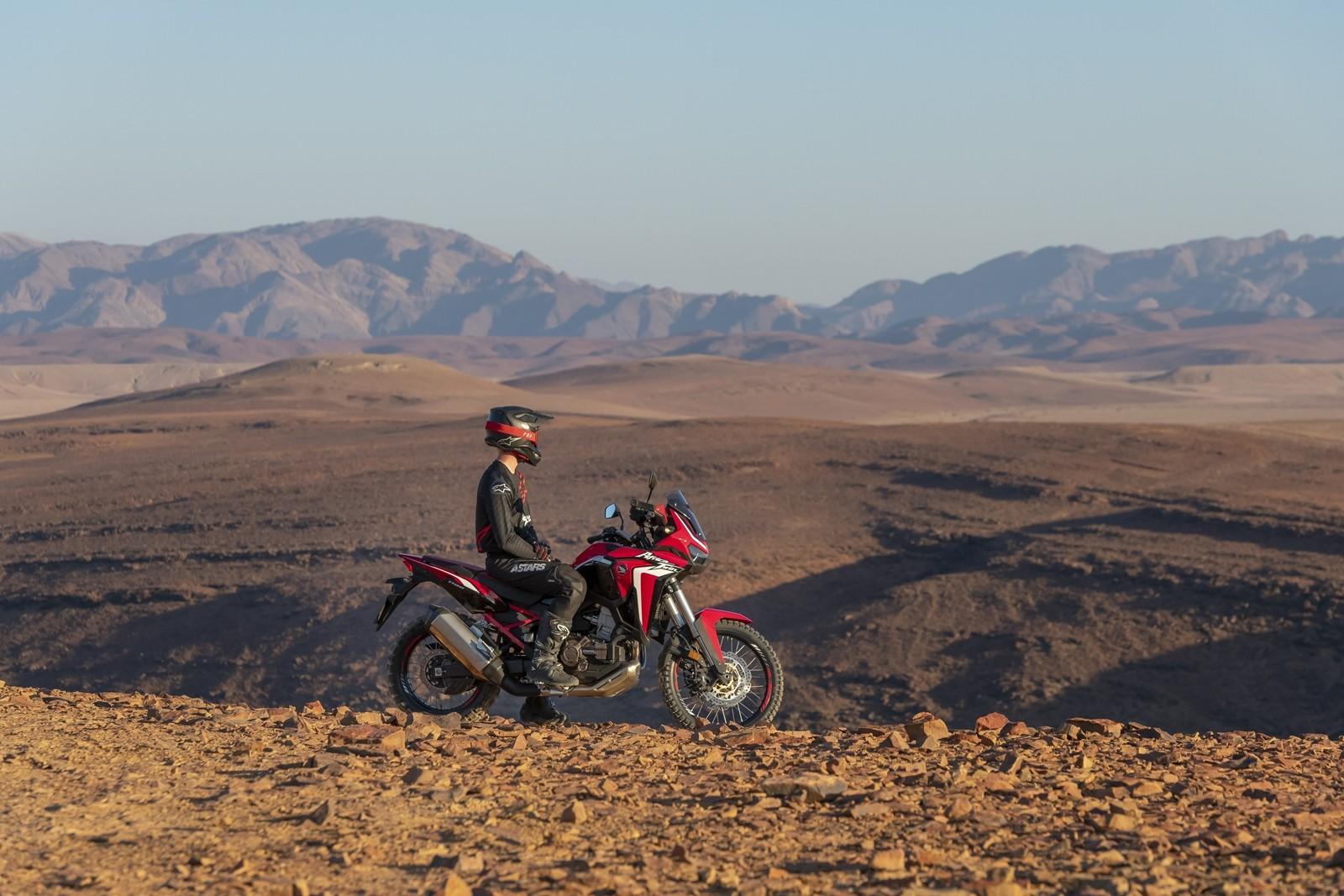 Foto de Honda CRF1100L Africa Twin 2020 (12/27)