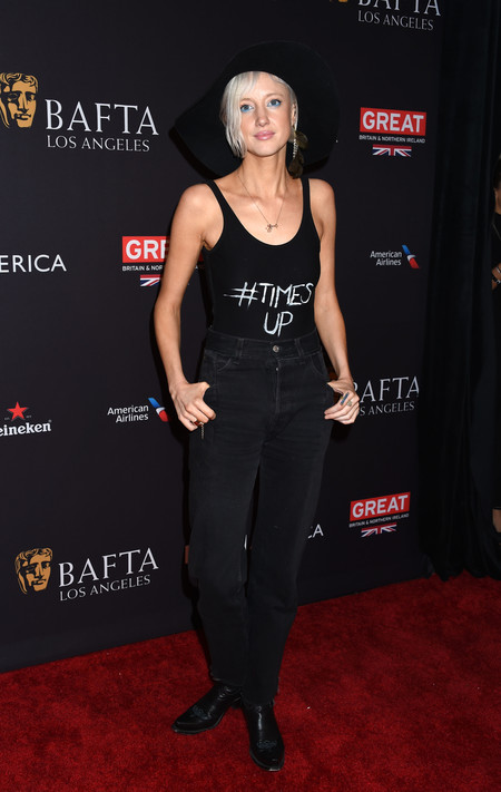 tea party bafta alfombra roja Andrea Riseborough