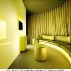 Foto 1 de 10 de la galería hotel-puerta-america-richard-gluckman en Decoesfera