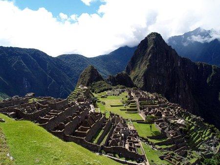 Una carretera para llegar a Machu Picchu