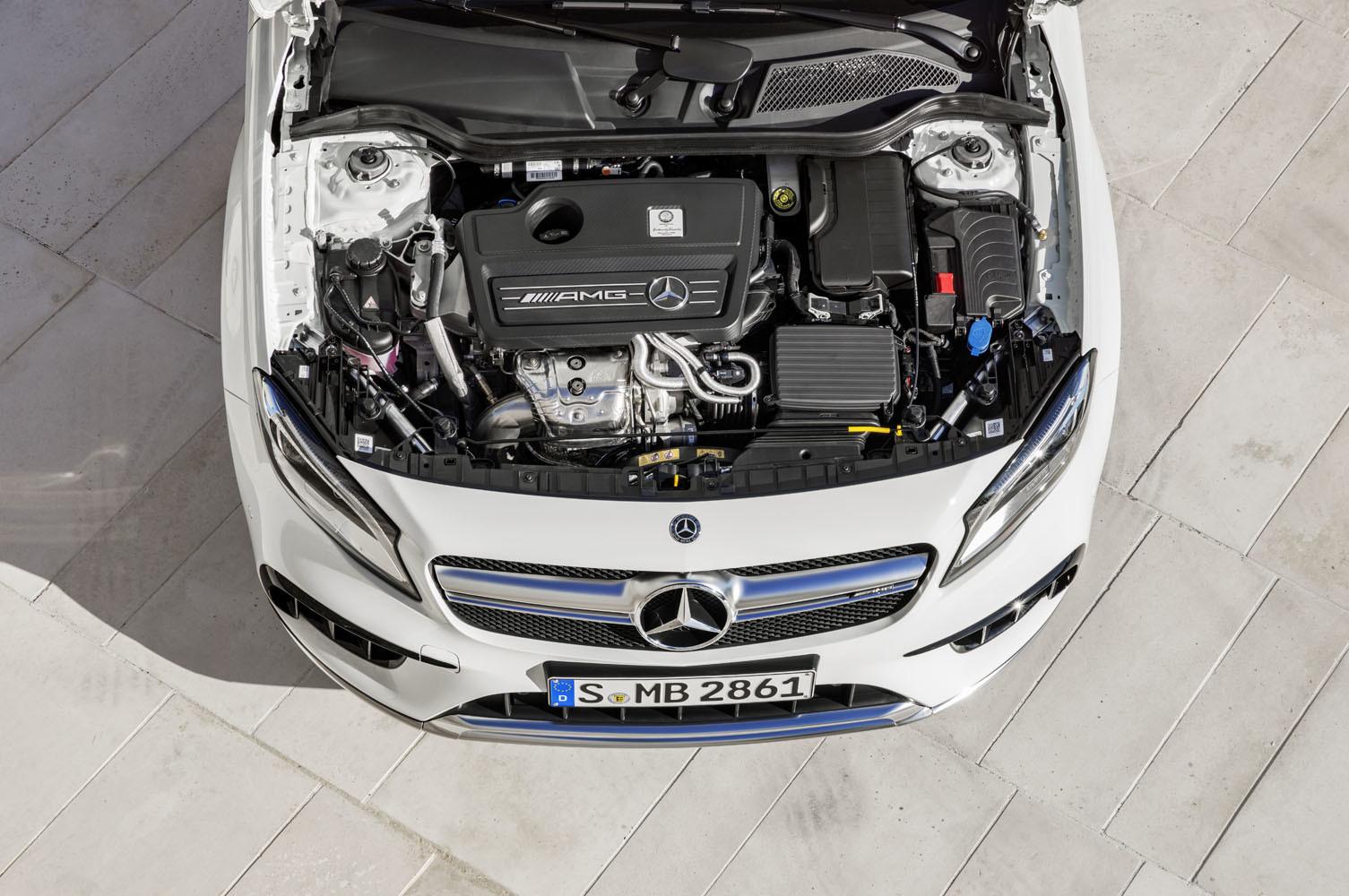 Foto de Mercedes-AMG GLA 45 2017 (26/43)