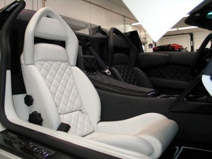 Lamborghini Murciélago con interior bicolor