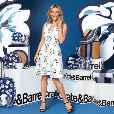 La actriz Reese Witherspoon lanza una línea de complementos para el hogar en colaboración con Crate and Barrel