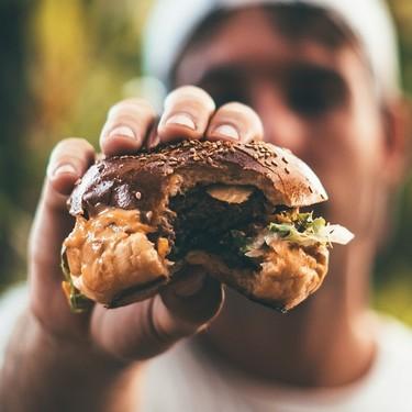 """Adeptos a la 'dieta carnívora': """"Solo tengo que pensar cuánta hambre tengo y cuántos filetes quiero comer"""""""