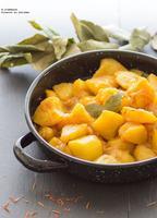 Patatas de guarnición con azafrán y paprika. Receta