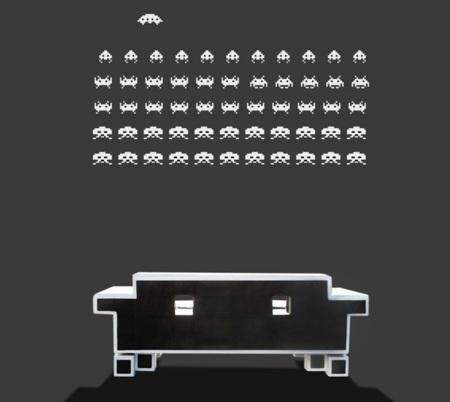 Sofá Retro Alien por Igor Chak: termina la partida de Space Invaders sentado
