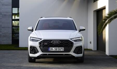 Audi apuesta por el reciclado químico para los componentes de sus coches: así quiere ahorrar recursos y emisiones