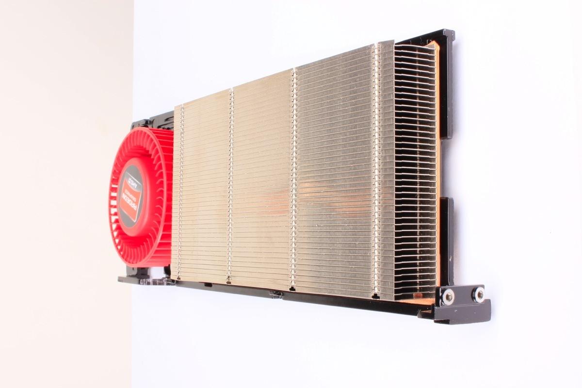 Foto de AMD 7970 (3/8)