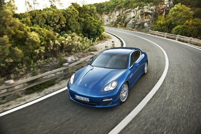 Porsche Panamera S Hybrid delantera