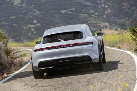 Porsche Mission E 02