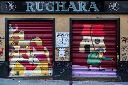 Pinta Malasaña, el mayor festival de arte urbano de la capital llena de color el centro de Madrid