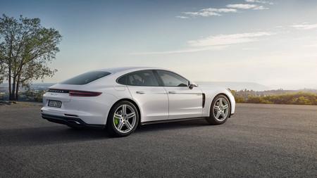 Porsche Panamera 4 E Hybrid