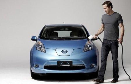Linterna Verde se decanta por el Nissan Leaf