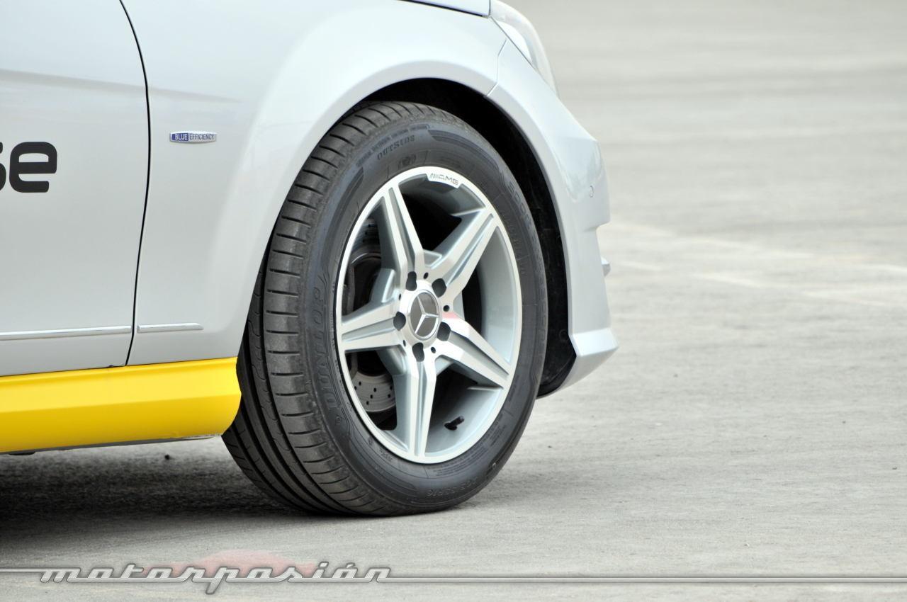 Foto de Dunlop Sport BluResponse, presentación y prueba en Yas Marina (23/24)