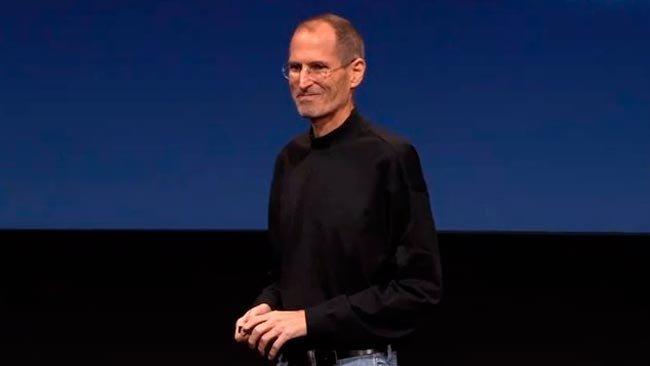 Steve Jobs anuncia su renuncia como CEO de Apple