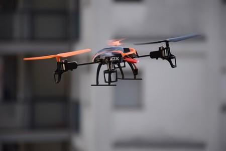 Drone 674235 640