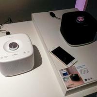 Philips Izzy BM5, altavoces inalámbricos en pequeño formato y conectables 'en cadena'
