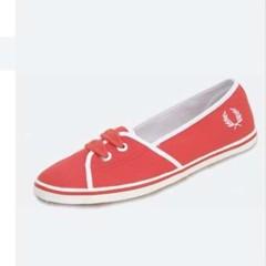 Foto 3 de 4 de la galería calzado-de-fred-perry-de-la-coleccion-primavera-verano-2008 en Trendencias