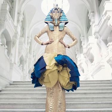 Si te quedaste sin ir a la mayor exposición de Christian Dior en Londres y París, aquí puedes verla desde casa