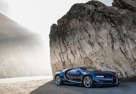 Bugatti Chiron 2017 1280 04