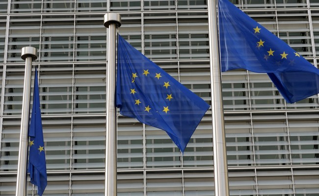 La Comision Europea Multa A Google