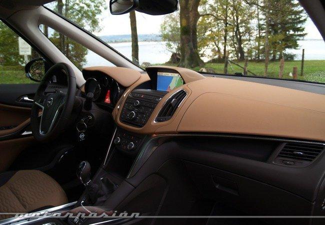 Opel-Zafira-Tourer-22