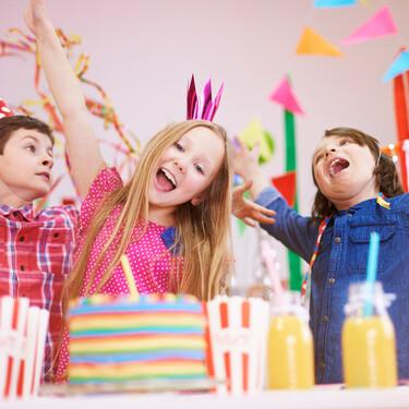 Invitar a toda la clase al cumpleaños de tu hijo, ¿sí o no?
