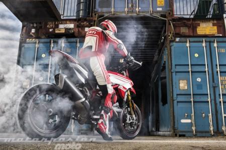 Ducati Hypermotard Sp 939 022