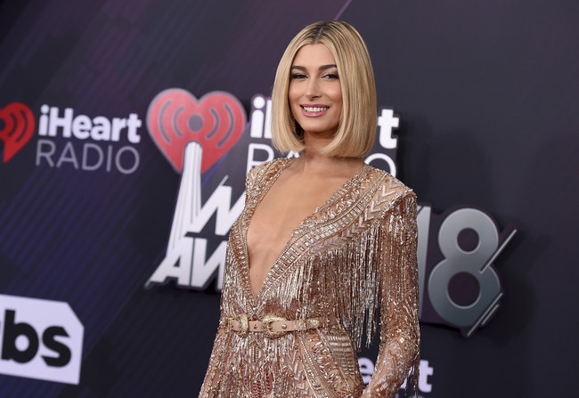 Iheartradio Music Awards Hailey Baldwin