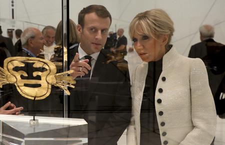 Brigitte Macron y Melania Trump coinciden en una cosa: el blanco y negro nunca falla