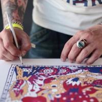 La música, la moda y hasta el circo, inspiran a Ricardo Cavolo en sus ilustraciones