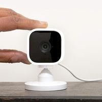 Esta es la cámara de vigilancia económica de Amazon, compatible con Alexa, que llegará a España en mayo