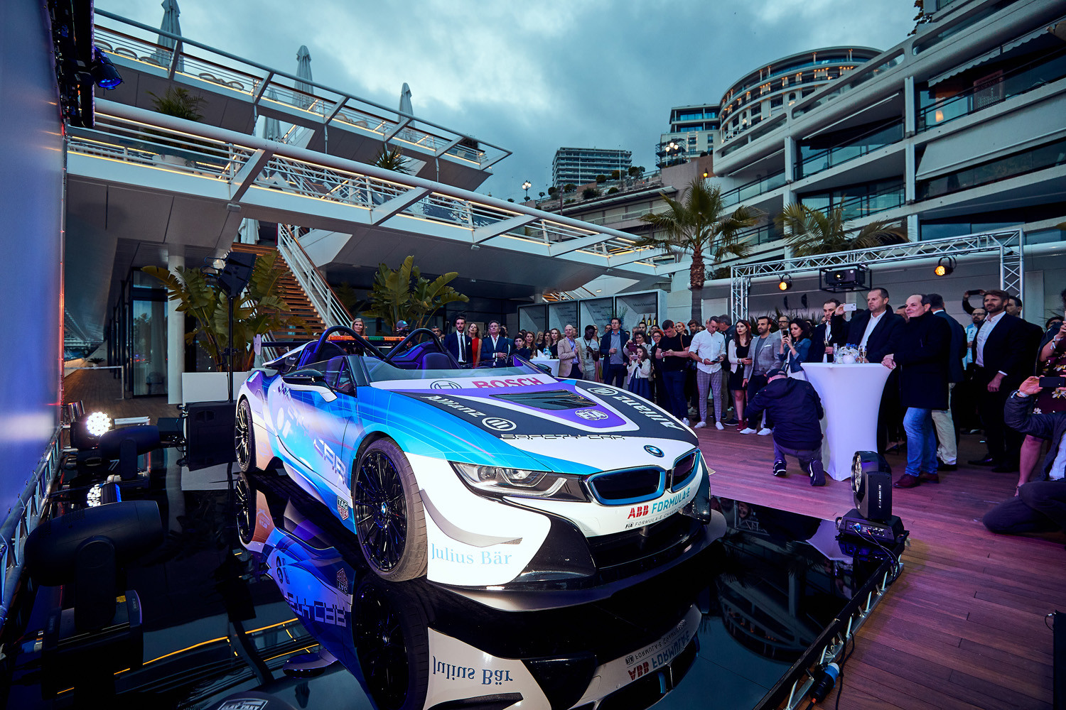 Foto de BMW i8 Roadster Formula E Safety Car (5/9)