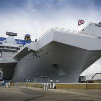 El portaaviones más grande y potente en la historia del Reino Unido tiene un pequeño problema: usa Windows XP