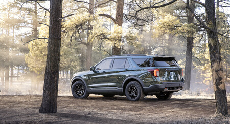 New 2021 Ford Explorer Timberline 02