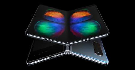 Samsung trabaja en otros dos smartphones plegables: uno de ellos similar al RAZR de Motorola, según Bloomberg