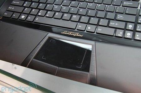 Asus Lamborghini teclado