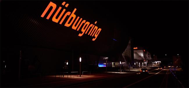 Nürburgring de noche