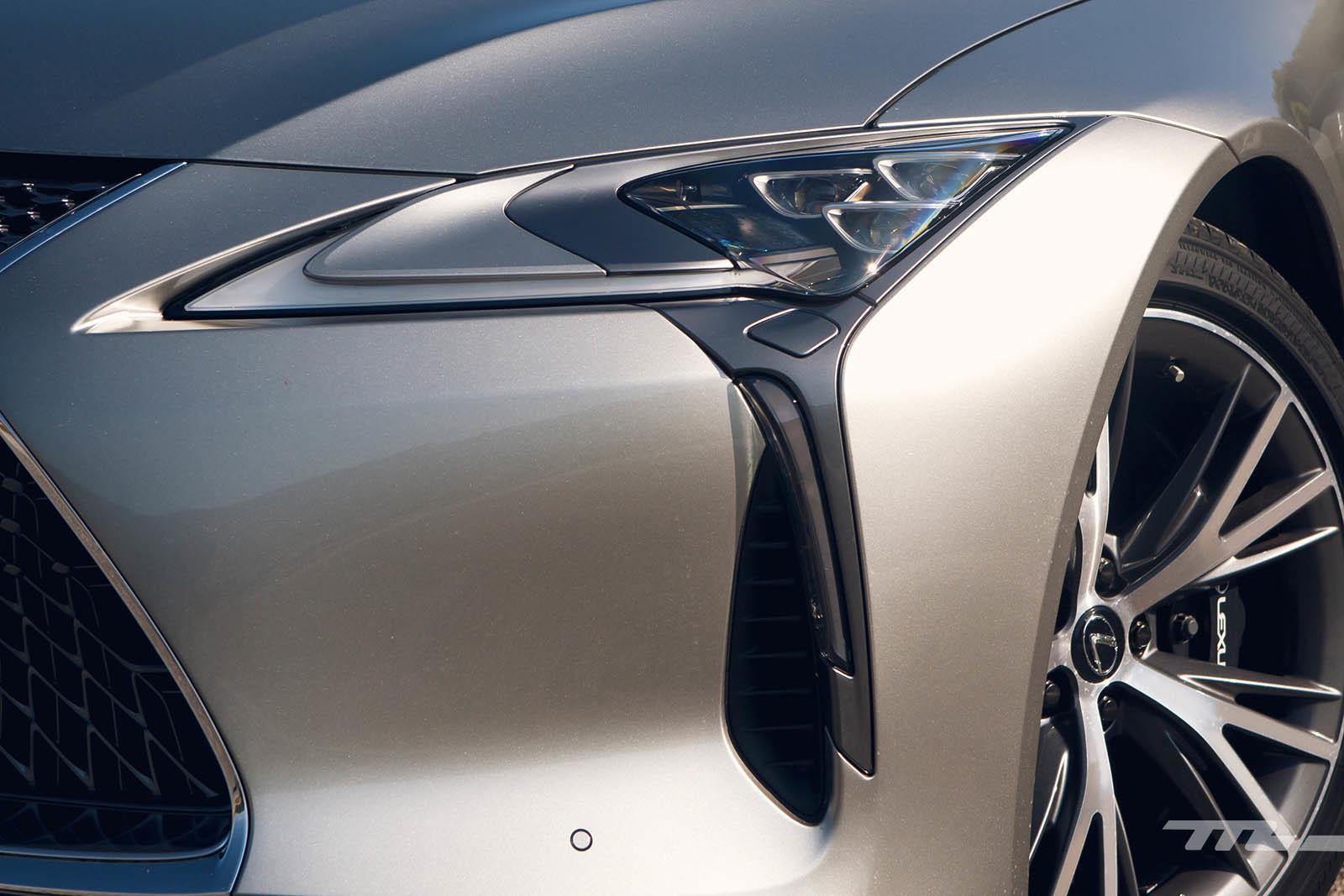 Foto de Lexus LC 500 (31/40)