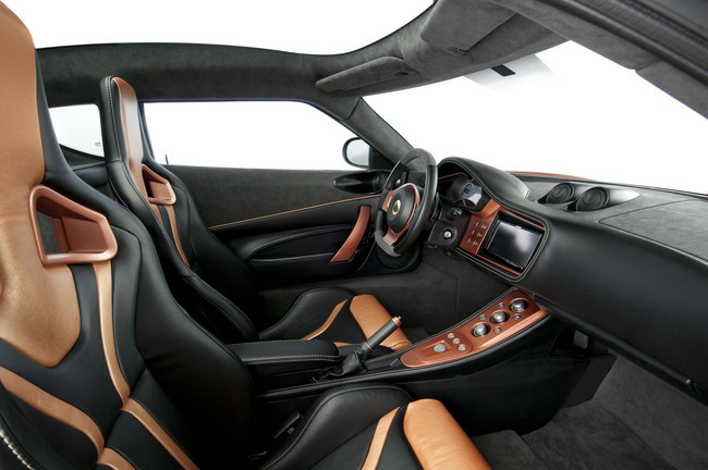 Lotus Evora interior