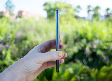 Nokia 9 Pureview Perfil 01
