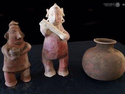 Arqueólogos del INAH descubren panteón prehispánico en Colima