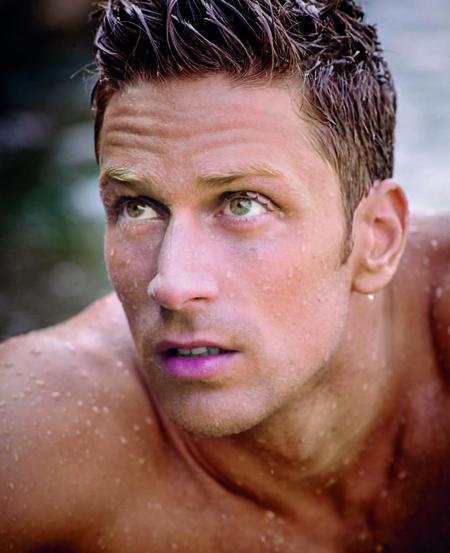 Luca Dotto, el nuevo rostro de la crema hidratante Aquapower de Biotherm