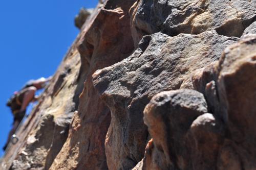 Los más aventureros las necesitan: seis fundas indestructibles para iPhone