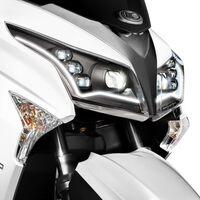 El nuevo Kymco Grand Dink 300 minimiza el consumo y baja de potencia a 23 CV, por 4.399 euros