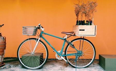 Todo lo que tienes que saber para moverte en bicicleta por la ciudad