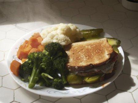 Cinco alimentos que no deben faltar en nuestra dieta tras las fiestas