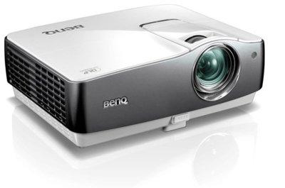 Usa el Benq W1200 para montar tu cine en casa gigante