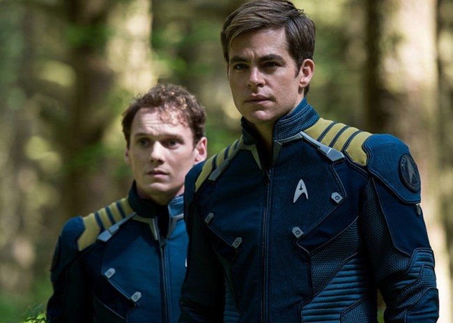 Anton Yelchin y Chris Pine en 'Star Trek Beyond'